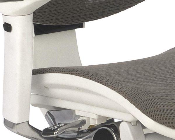 Nowoczesny fotel do komputera Ioo WS KMD30 - siedzisko siatkowe